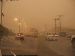 گرد و غبار در شهر