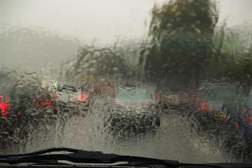 traffic-rain